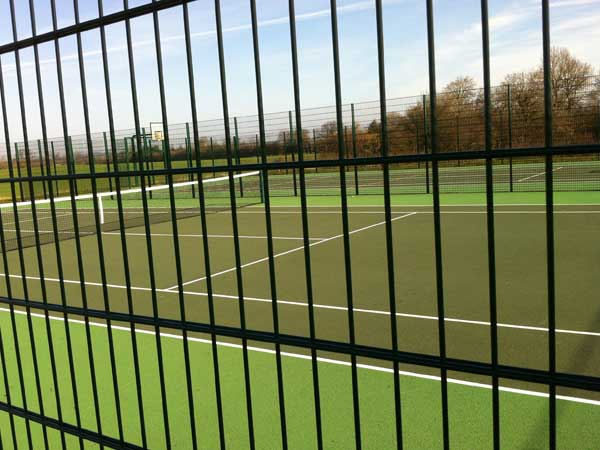Mesh panel fencing system